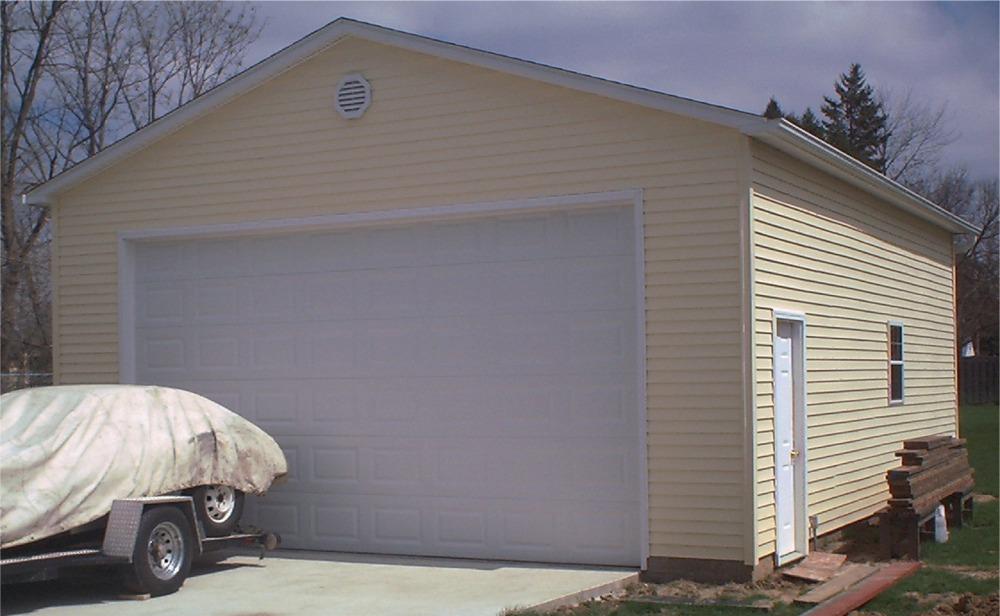 Garage projects Illinois Iowa on 24' Garage Door  id=75762